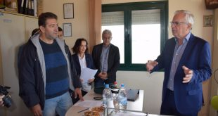 O Β. Αποστόλου στις εγκαταστάσεις του Αλιευτικού Συνεταιρισμού Βιστωνίδας