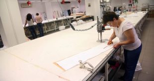 Επιδότηση έως 350 ευρώ για να μετατραπούν 40.000 μπλοκάκια σε μισθωτούς